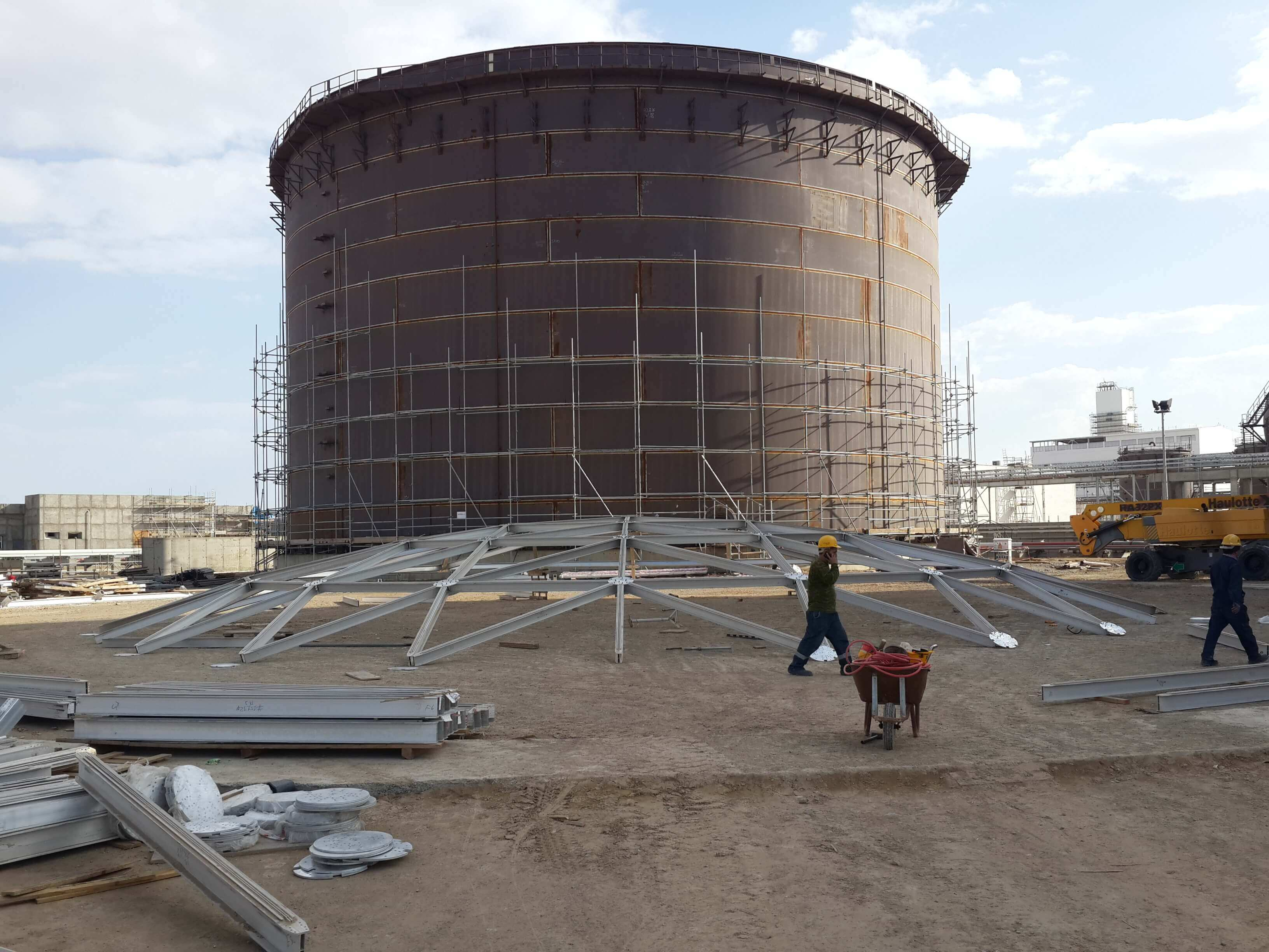 Dome Roof 37.4 Mts
